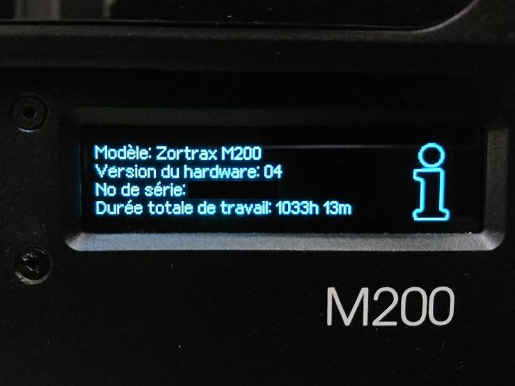 Écran d'informations d'une imprimante Zortrax M200