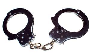 Des menottes pour lutter contre la criminalité
